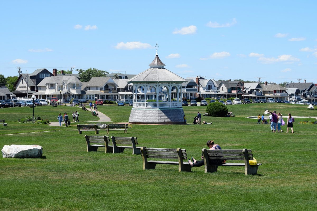 socializing rules on Martha's Vineyard that you need to know