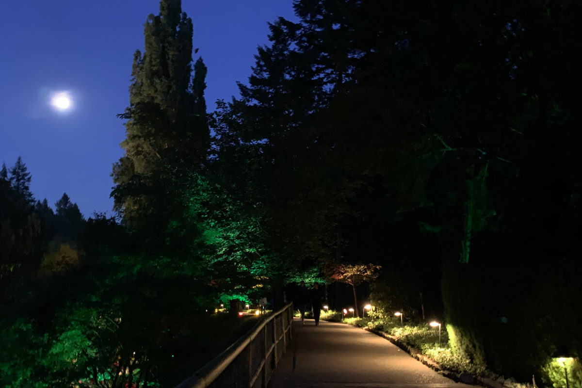 Full Moon Photos of Night at the Famous Butchart Gardens.