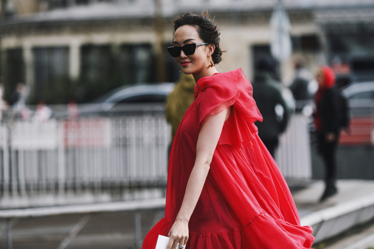 luxury gift guide best for someone who loves the color red