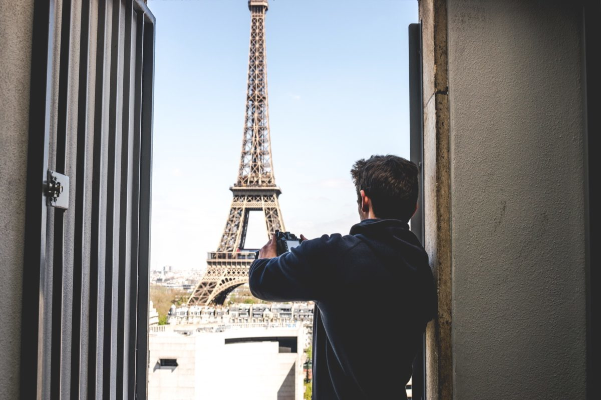 3cc389e09e42 The Ultimate I Love Paris Luxury Gift Guide - Dandelion Chandelier
