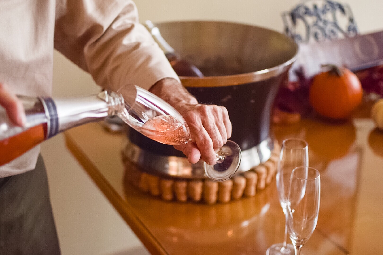 why to drink rosé wine for Thanksgiving and the winter holidays