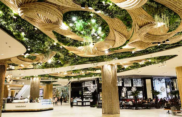 Shopping malls worth traveling to