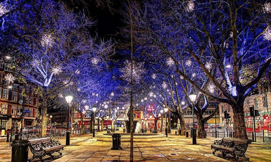best Christmas decorations London