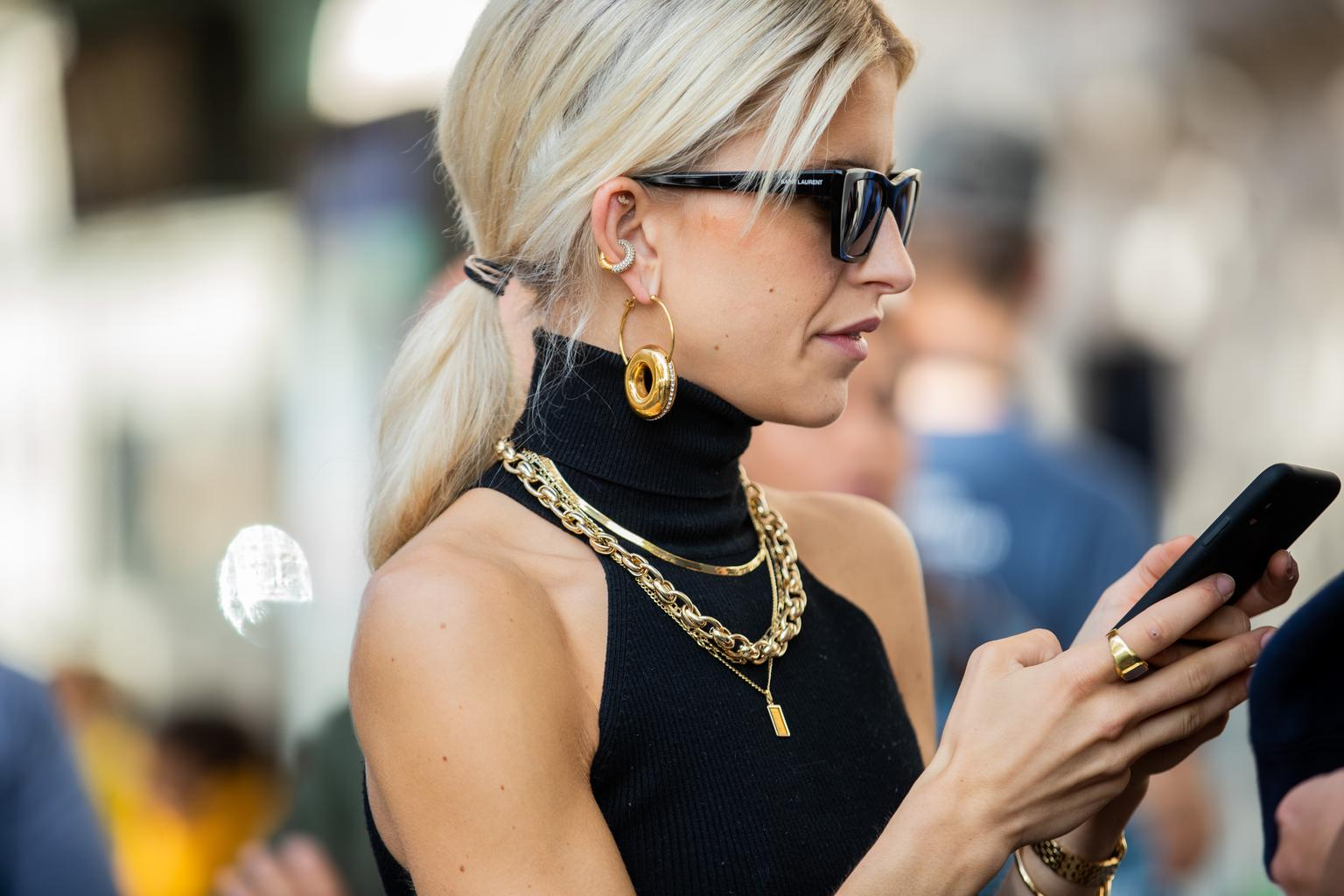 the best stand out statement necklaces right now