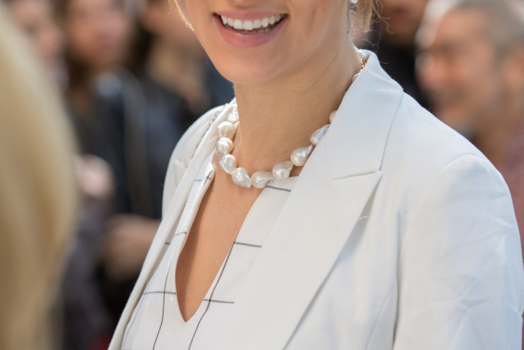 what's the best way to wear pearls right now?