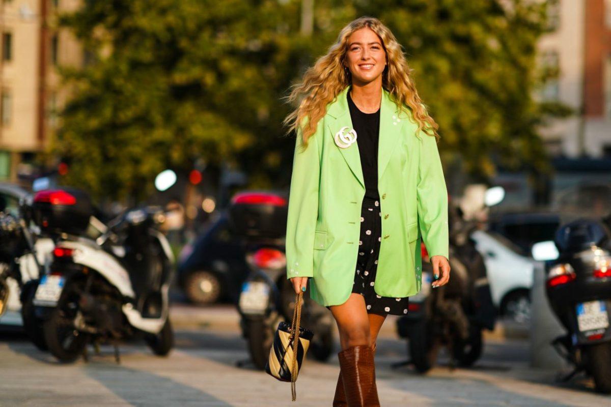 how to wear an on-trend luxury brooch