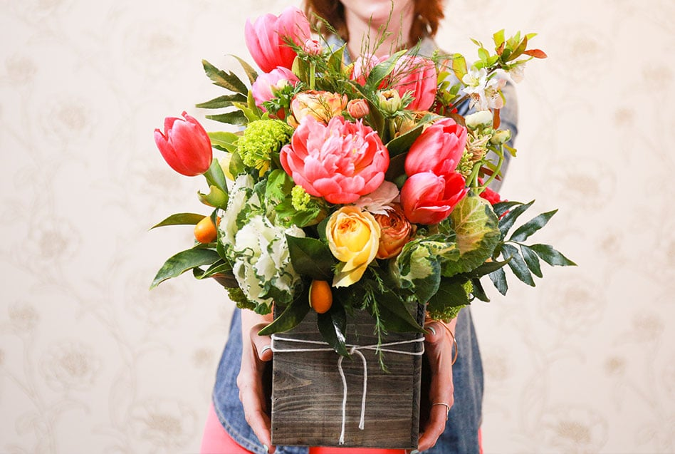 how to create floral arrangement
