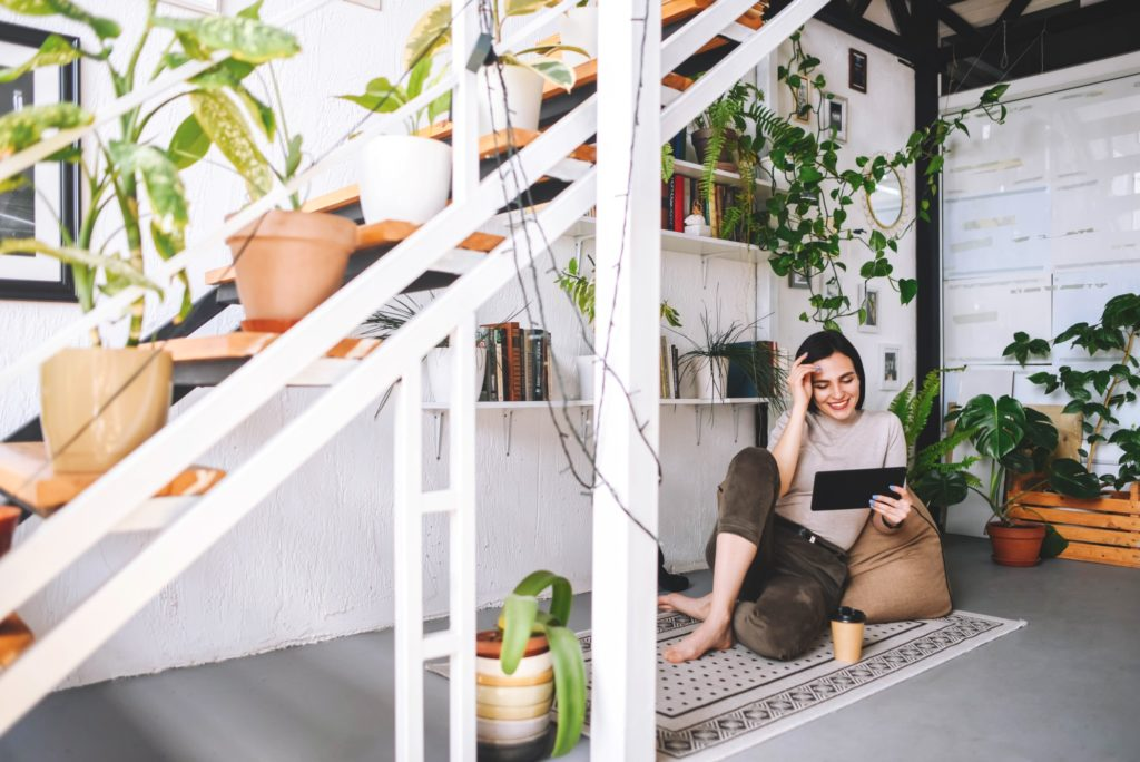 how to decorate luxury home or office with faux and real house plants