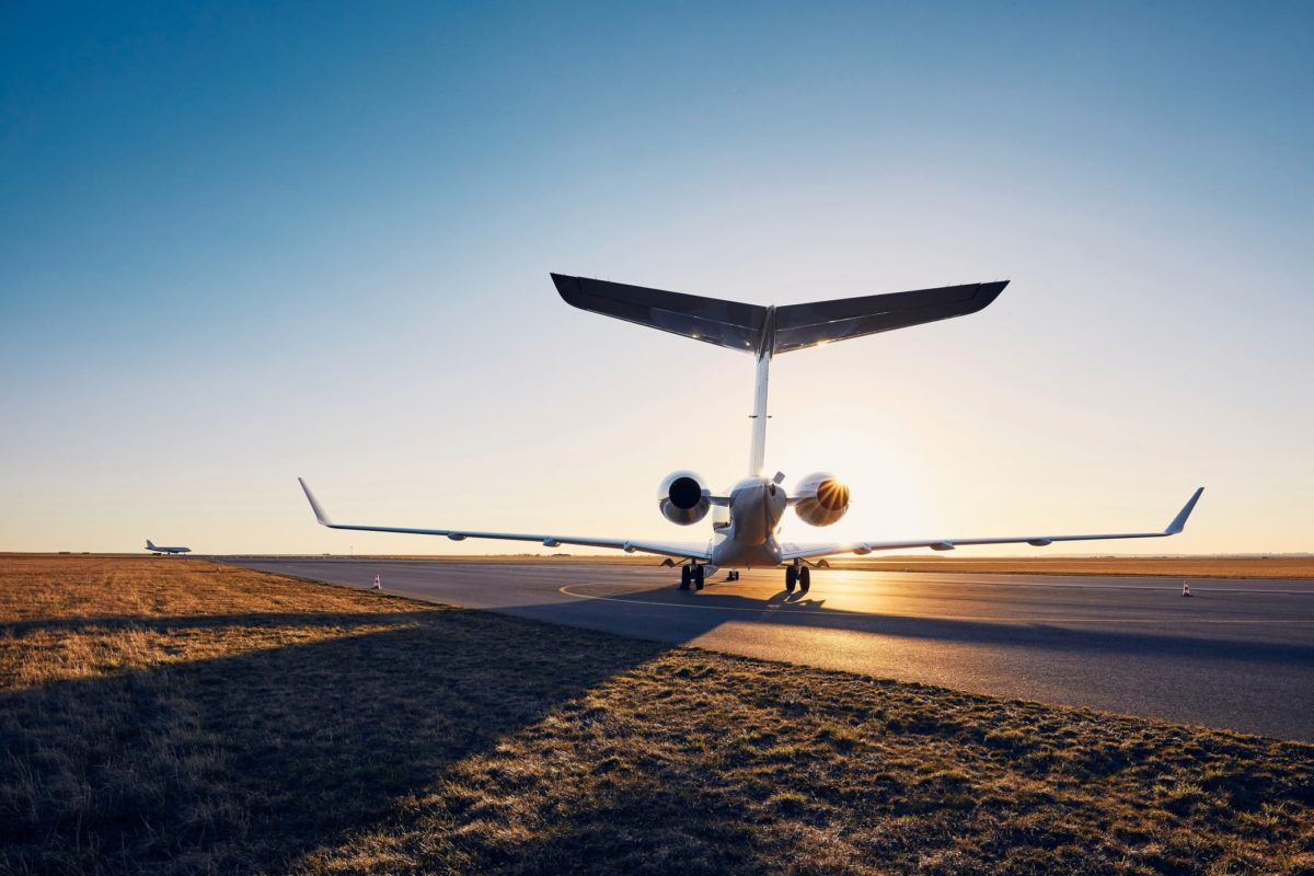 how to book a private jet, including charters, jet cards, memberships.