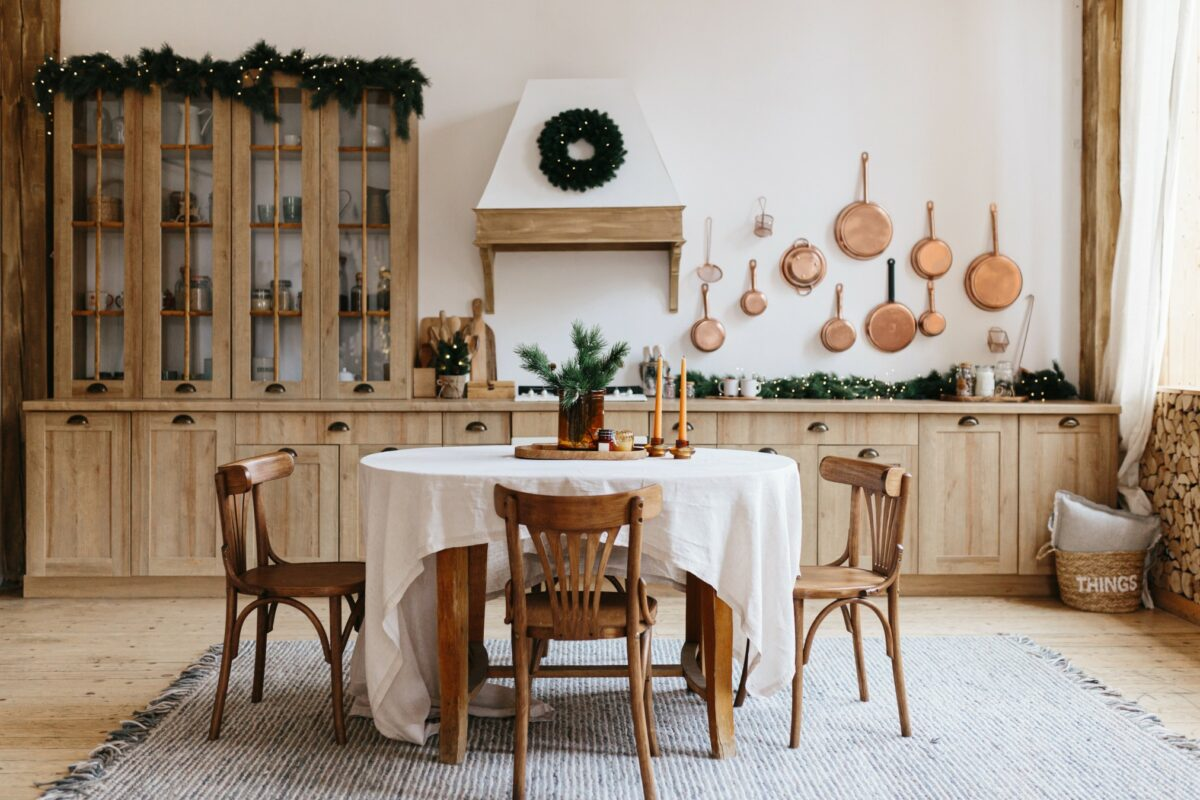 The Best Chic Tabletop Items This Year for the Holidays