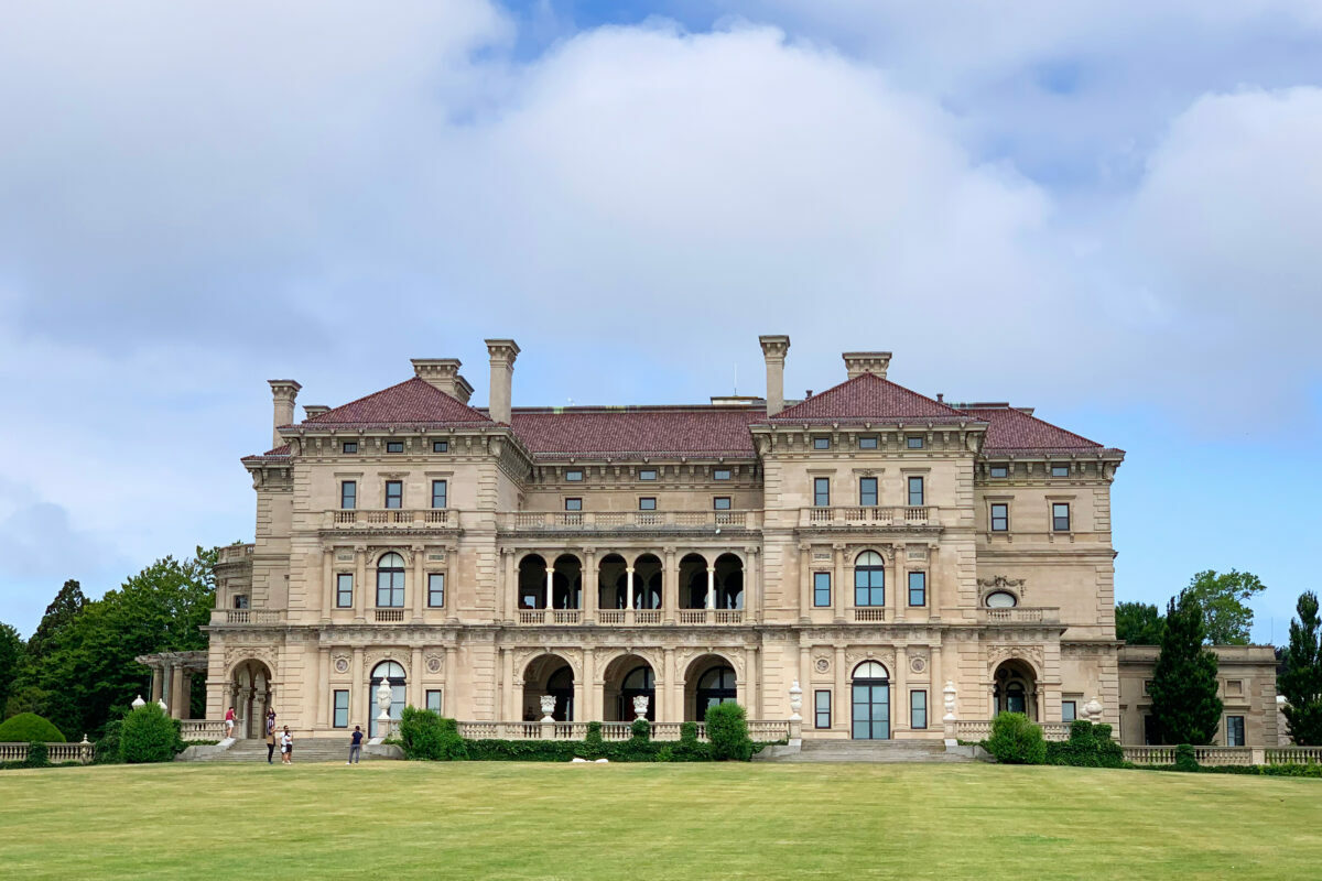 Photos of the Luxurious Breakers Best Mansion in Newport