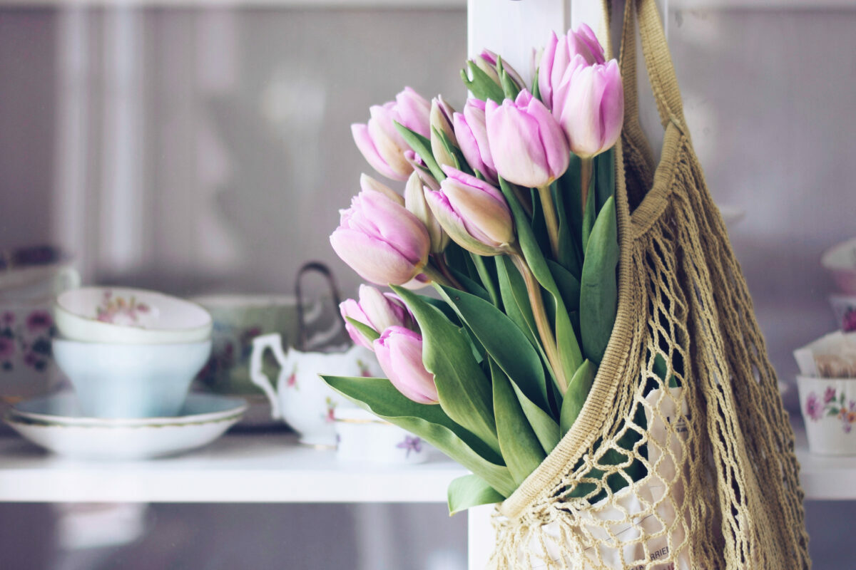 the 9 best luxury florists online for sending tulips to one and all this spring 2021